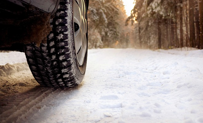 Snowy-Road-Tire-Close-Up
