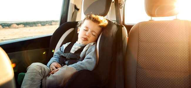 Child-In-Car-Safety-Seat