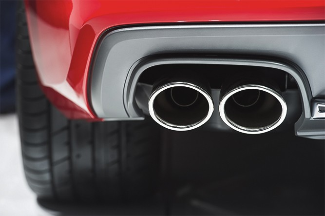 Performance-Exhaust-Close-Up
